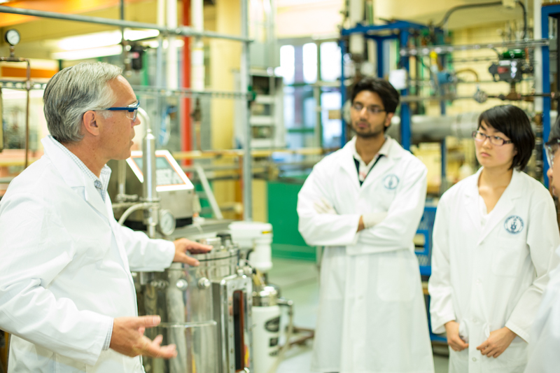 Professor Grant Allen teaching in the Department of Chemical Engineering & Applied Chemistry